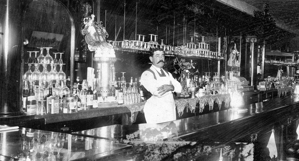 dia do bartender