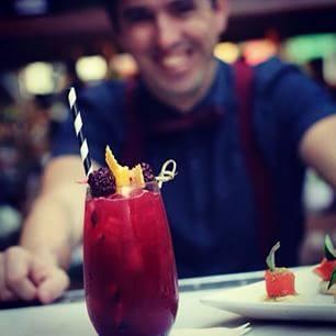 bartender mixologista